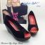 รองเท้าส้นเตารีดส้นโอ่ง เปิดหัวเล็กน้อย (สีดำ ) thumbnail 3