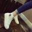 รองเท้าผ้าใบ หุ้มข้อ แบบเชือก ฟรุ้งฟร้ง (สีขาว ) thumbnail 2