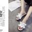 รองเท้าแตะผู้หญิงสีขาวแบบสวม แต่งหนังระบายมุ้งมิ้ง (สีขาว ) thumbnail 3