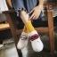 รองเท้าผ้าใบแฟชั่นสีขาว ทีเชือกร้อย แกะเข้าออกได้ เก๋มาก (สีขาว ) thumbnail 4