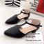รองเท้าส้นสูง หัวแหลม ปิดส้น รัดข้อเท้า (สีดำ ) thumbnail 4