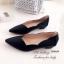 รองเท้าคัทชู ส้นเตี้ย หัวแหลม ขอบหยัก (สีดำ ) thumbnail 3