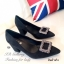 รองเท้าคัทชู ส้นสูง หัวแหลม แต่งหัวเข็มขัดฝังเพชร (สีดำ ) thumbnail 3