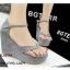 รองเท้าส้นเตารีดรัดส้นสีเทา แบบคีบ หนังกลับ (สีเทา ) thumbnail 3
