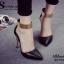 รองเท้าส้นสูง หัวแหลม สายรัดข้อสีทอง (สีดำ ) thumbnail 5