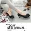 รองเท้าคัทชู หัวกลม แต่งคริสตัล หนังเงาสลับด้าน (สีดำ ) thumbnail 4