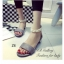 รองเท้าส้นแบน ปิดส้น รัดข้อเท้า สายคาดไข่มุก (สีเทา ) thumbnail 3