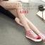 รองเท้าผ้าใบหุ้มข้อ ผ้าแคนวาสพิมพ์ลายริ้ว หัวแต่งผ้าสักหลาด (สีแดง ) thumbnail 3