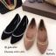 รองเท้าคัทชูส้นเตี้ยสีดำ หัวแหลม ขอบแต่งอะไหล่เพชร (สีดำ ) thumbnail 6