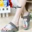 รองเท้าส้นเตารีด แบบสวมนิ้วโป้ง สไตล์fitflop (สีเทา ) thumbnail 2