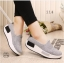 รองเท้าผ้าใบเสริมส้นสีเทา ผ้าแคนวาส พื้นสุขภาพ (สีเทา ) thumbnail 3