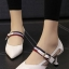 รองเท้าคัทชูส้นสูงสีขาว หัวแหลม เว้าข้าง (สีขาว ) thumbnail 3