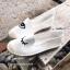 รองเท้าผ้าใบแฟชั่นสีขาว slip on ปักลายดวงตา (สีขาว ) thumbnail 2