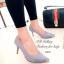 รองเท้าคัทชู ส้นสูง หัวแหลมแต่สีทอง ผ้าซาติน (สีเทา ) thumbnail 2