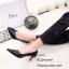รองเท้าคัทชูหัวแหลมสีดำ ดีไซน์หน้าวี เอาใจสาวออฟฟิศ (สีดำ ) thumbnail 3