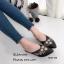 รองเท้าส้นเตี้ย หัวแหลม เปิดส้น ปักลายดอกไม้ (สีดำ ) thumbnail 3