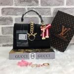 กระเป๋าแฟชั่น แบรนด์ LYN รุ่นสวยหรู มี 3 สี สีดำล้วน, แดงล้วน, ขาวล้วน