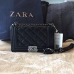 กระเป๋าแฟชั่น แบรนด์ ZARA สีดำ สายโซ่ ทรงสวยหรู
