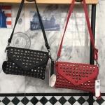 กระเป๋าแฟชั่น แบรนด์ Berke รุ่น clutch bag มี 2 สี ดำ แดง