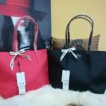 กระเป๋าแฟชั่น แบรนด์ Lacoste รุ่น Tote Bag มี 5 สี ดำ ม่วง แดงเชอรี่ ชมพูอ่อน ชมพูอมส้ม
