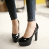 Preorder รองเท้าแฟชั่น สไตล์เกาหลี 34-47 รหัส 9DA-7388