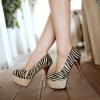 Preorder รองเท้าแฟชั่น สไตล์ เกาหลี 32-44 รหัส 9DA-0763