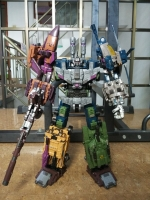 JinBao Robot Oversized KO Warbotron WB-01 Transformers Masterpiece Bruticus