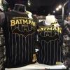แบทแมน สีดำ (Batman Black Logo Gold 1939 CODE:1111)