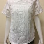 เสื้อคอกลมผ้าลูกไม้ By Bingo สีขาว