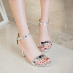 Preorder รองเท้าแฟชั่น สไตล์ เกาหลี 30-50 รหัส 9DA-1043
