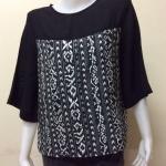 เสื้อคอกลมผ้าซาร่า โทนสีดำขาว Size 44