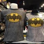 แบทแมน สีเทา (Batman gray yellow logo)