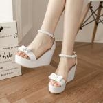 Preorder รองเท้าแฟชั่น สไตล์เกาหลี 31-43 รหัส 9DA-1040